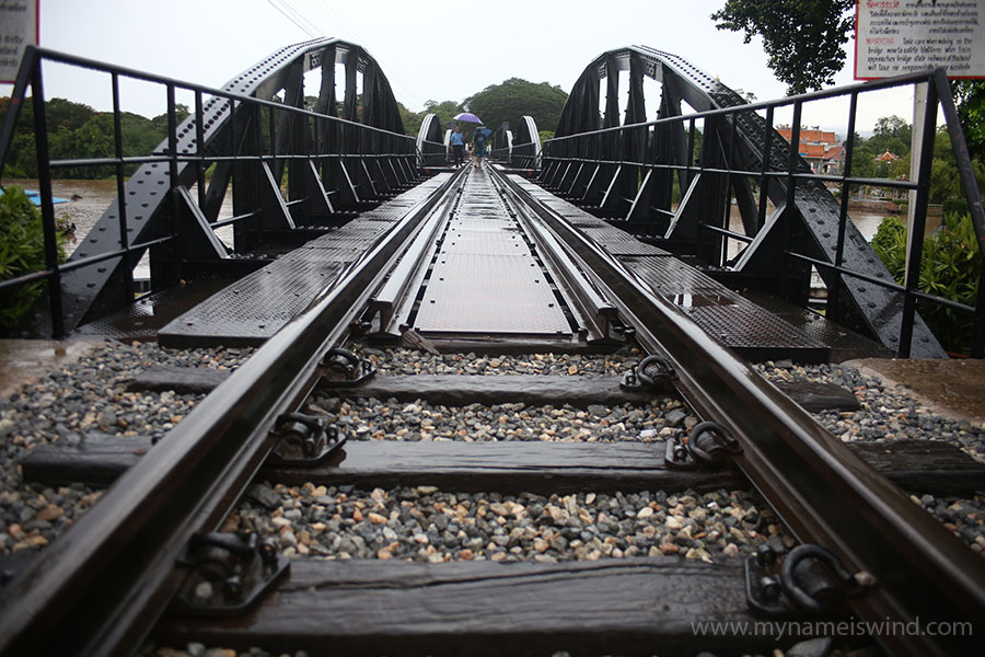 Pociąg Bangkok- Kanchanaburi – Nam Tok- rozkład jazdy