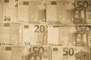 Ile kosztuje wyjazd do Francji 2018
