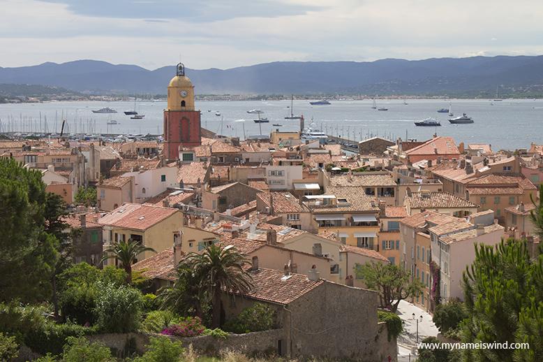 Żandarm z Saint Tropez i ja. Czyli jak było w Saint Tropez na Lazurowym Wybrzeżu